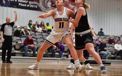 Lady Warriors Tame Savages 77-31
