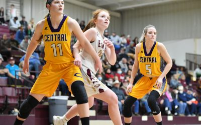 Eagles Move on with 58-49 Win Over Tigers